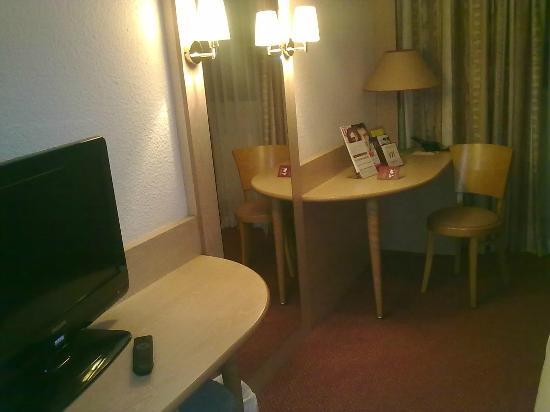 Hotel Mercure Lisieux : Salottino