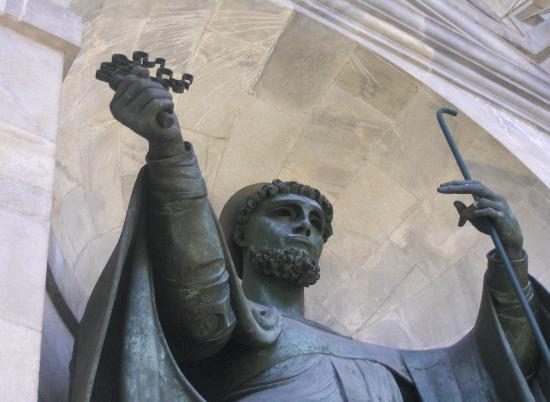 Tempio della Vittoria : Statua 3