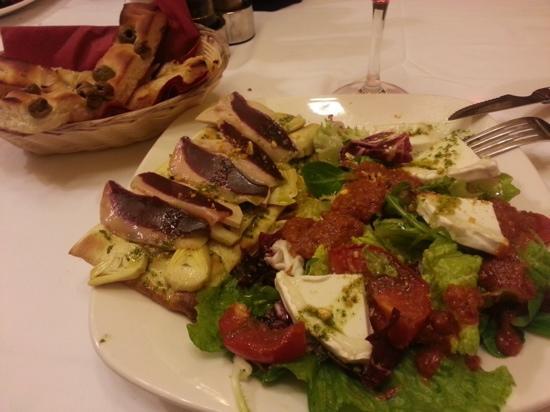 La Tagliatella : ensalada de pato con foie