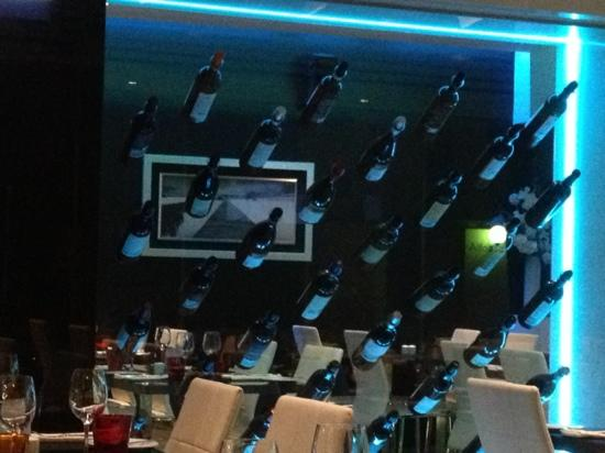 Don Alfonso : floating wines?