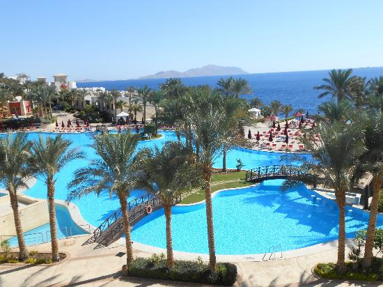 Grand Rotana Resort & Spa: Pool View from Sky Bar