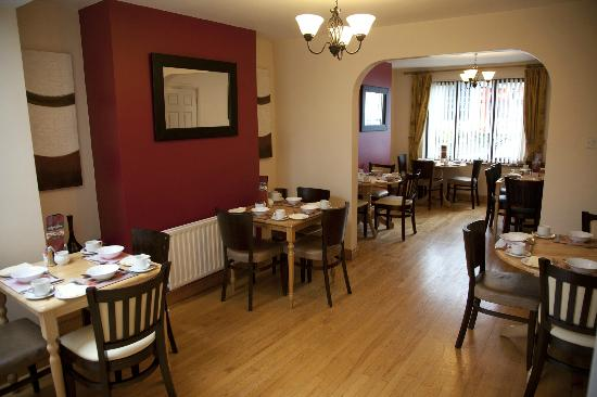 Arch House B&B & Apartments: Dining Room