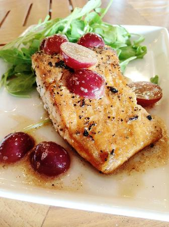 Cafe Caturra: WILD KING SALMON WITH PARMESAN RISOTTO, GRAPES  & BROWN BUTTER