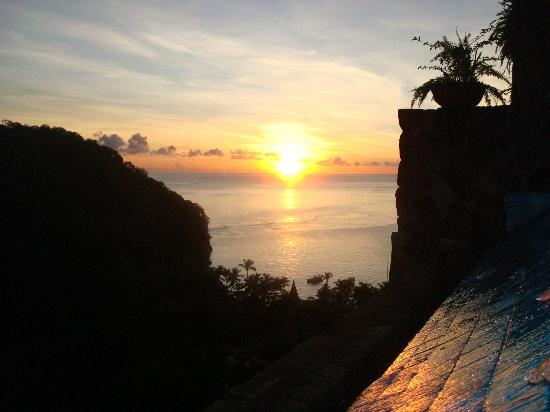 Jade Mountain Resort: sunset