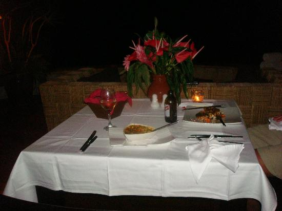 Jade Mountain Resort: private dinner