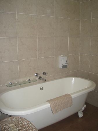 Del Roza Guest House: bathroom