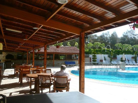 Opus Apart Hotel: hotel pool area