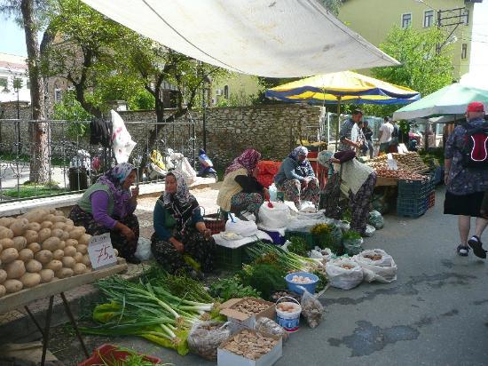 Opus Apart Hotel: market in town