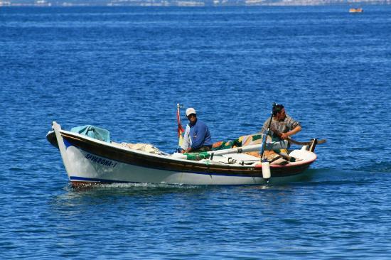 Opus Apart Hotel: fishermen