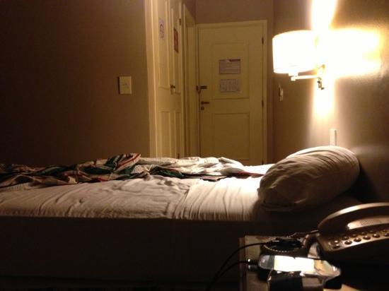 Marcopolo Suites Iguazu: cama