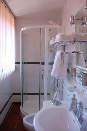 Free Time Apartamentos: Baño suit