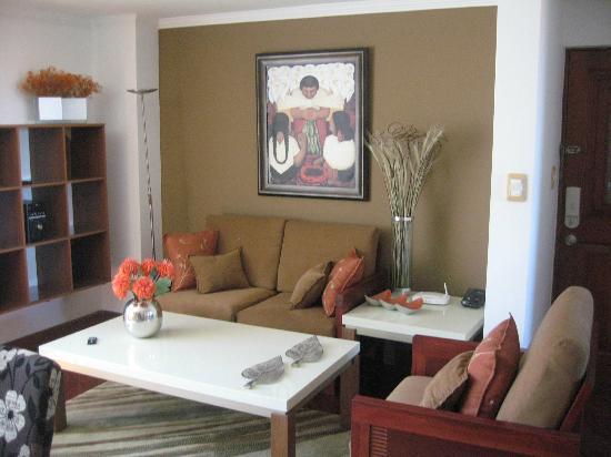 Free Time Apartamentos: Sala departamento standard dos dormitorios