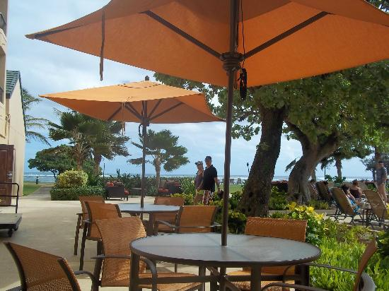 Courtyard Kaua'i at Coconut Beach: Pool area