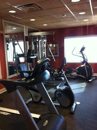 BEST WESTERN PLUS Tupelo Inn & Suites: fitness room