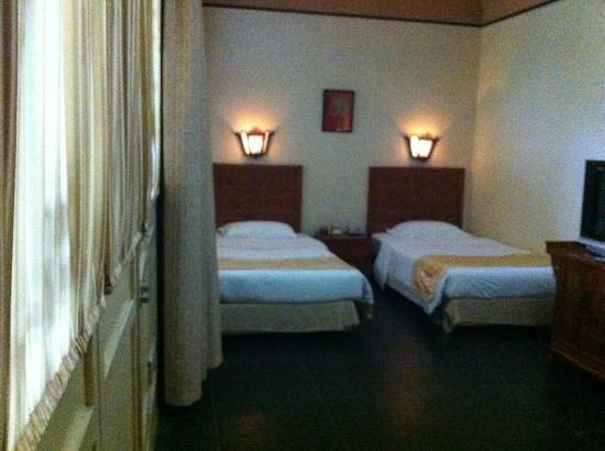 Jingyuan Courtyard Hotel: Deluxe room