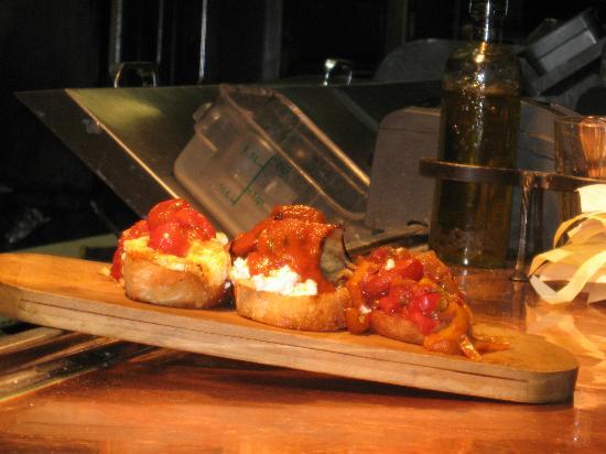 Cafe Fiore Restaurant : Bruschetta appetizer