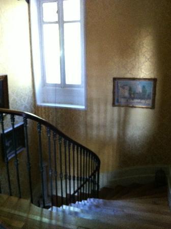 Chateau Bouvet Ladubay: staircase