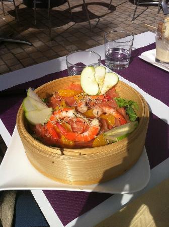 restaurant brasserie le 7 : sea food salad