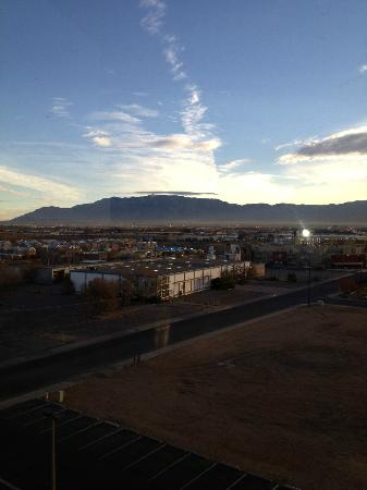 Hotel Albuquerque at Old Town: Beautiful Sandia from our room