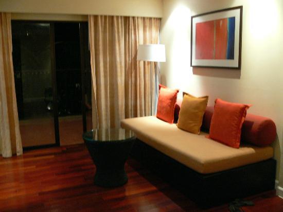 DoubleTree Resort by Hilton, Phuket-Surin Beach: loungeroom