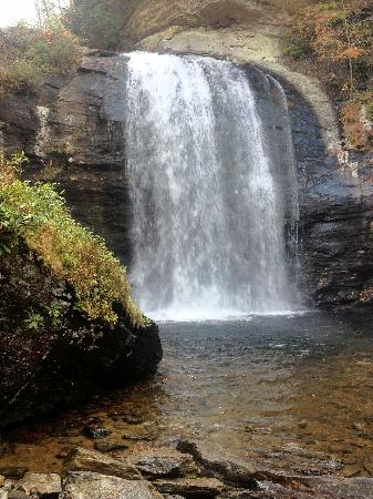 Pisgah Forest, NC: Looking glass falls