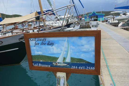Sail Bravura: Sail Away for the Day!