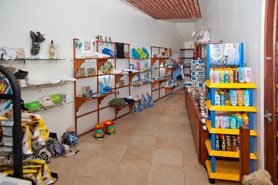 Mango Bay All Inclusive : Boutique at Mango Bay