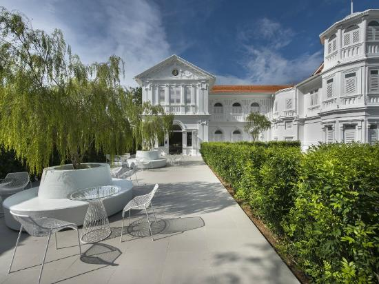 Macalister Mansion Photo