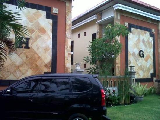HG Apartment: H & G Apartment