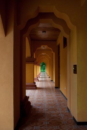 Hotel San Bada: Corridors