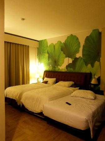 Kuta Central Park Hotel: Comfortable bed!
