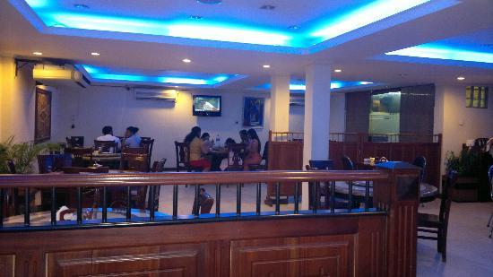 Elite Restaurant: Inside the Restaurant