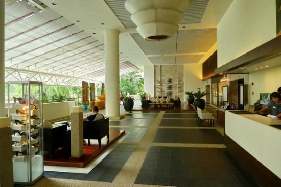 Hilton Phuket Arcadia Resort & Spa: the lobby, one side of it