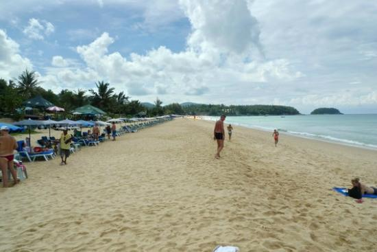 Hilton Phuket Arcadia Resort & Spa: the beach in the morning. gets busy later