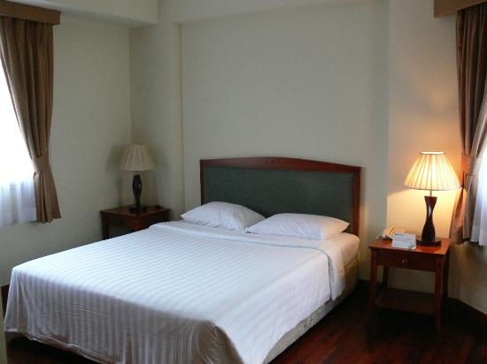 Riverside Serviced Apartments: Bedroom1