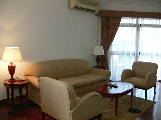Riverside Serviced Apartments: LoungeRoom