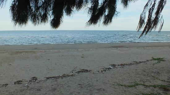 X2 Hua Hin Le Bayburi - Pranburi Villa : beach front