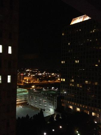 Charlotte Marriott City Center : My view from my room at night!! :)