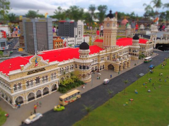 Legoland Malaysia: Sultan Abdul Samad Building