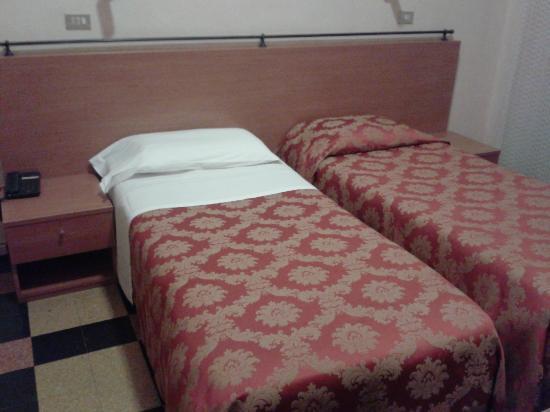Hotel Garden : letti piccoli e scomodi