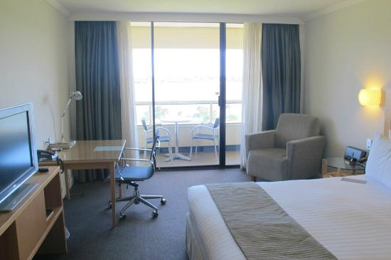 Crowne Plaza Perth: room