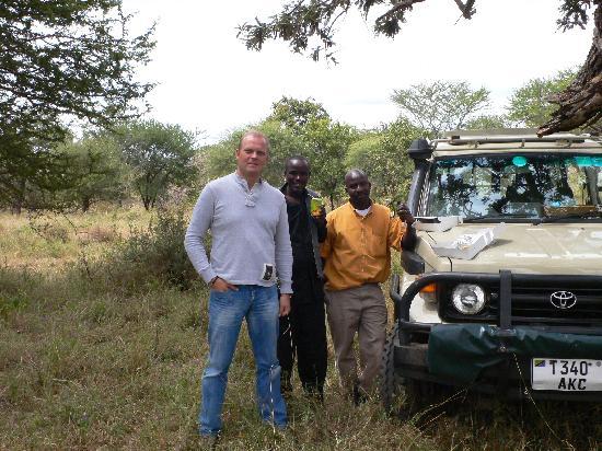 Mlimani Safaris Africa: getlstd_property_photo