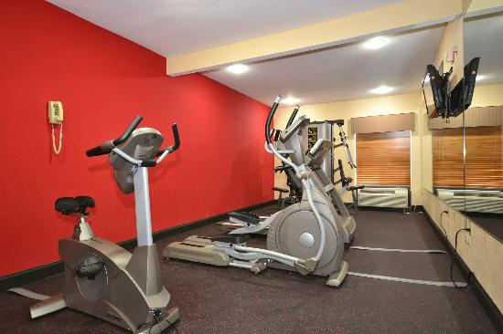 BEST WESTERN PLUS Kansas City Airport-KCI East: Fitness Room