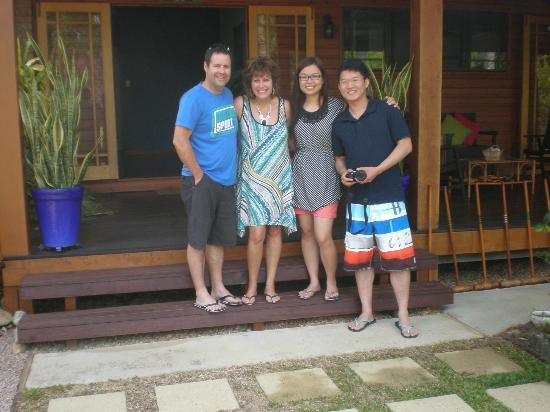 Hibiscus Lodge : Meeting the Honeymooners!