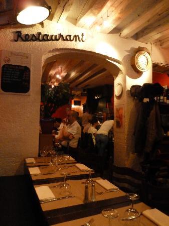 Chez Lazare: Restaurant interior