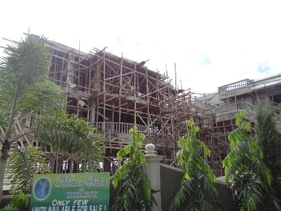 Monaco Suites de Boracay: More suites being built