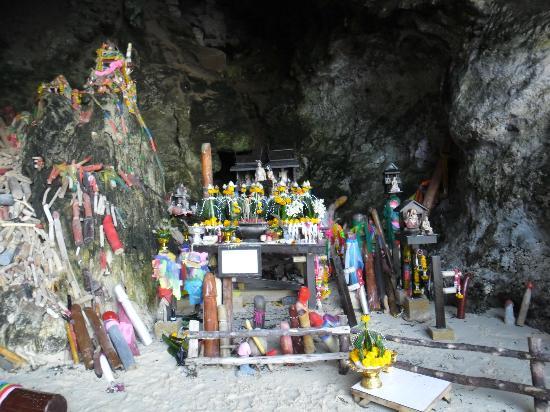 Railay Beach: hranang cave