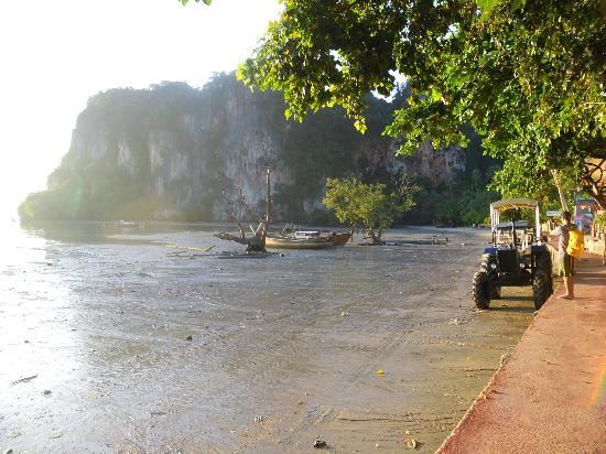 Railay Beach: est costa
