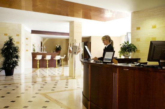 Osuna hotel madrid spagna prezzi 2018 e recensioni for B b soggiorno madrid