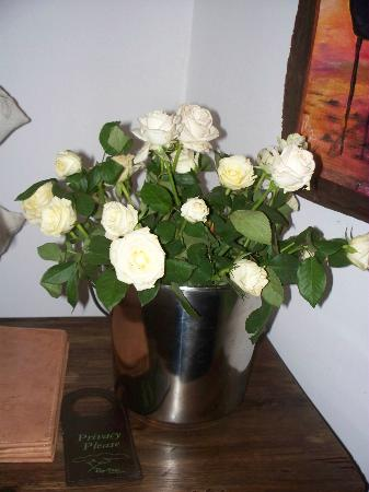Rivertrees Country Inn: Real Roses